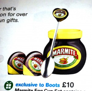 Marmite Egg Cup Set