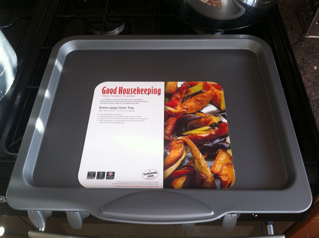 Wide baking tray