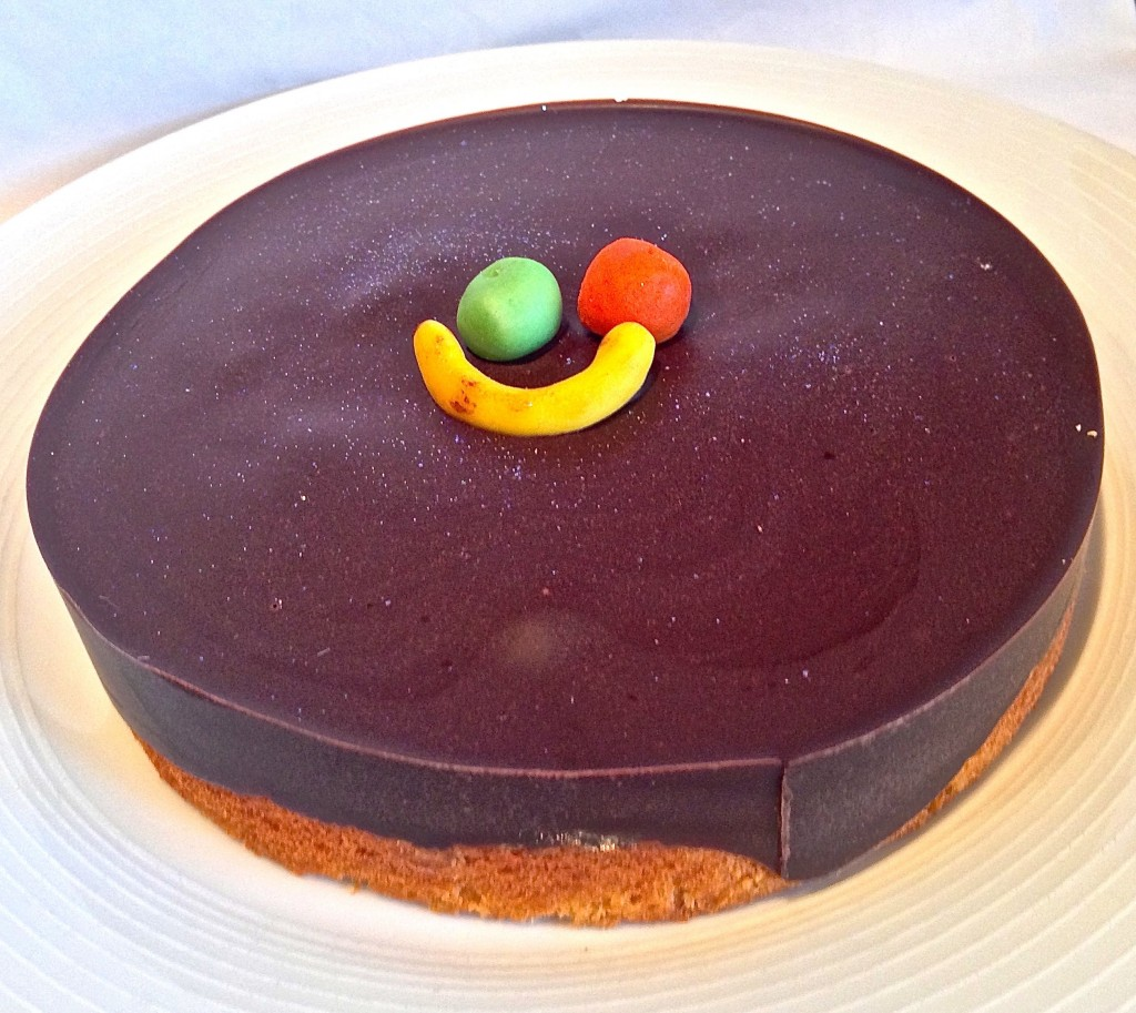 Sponge Cake With Chocolate Topping